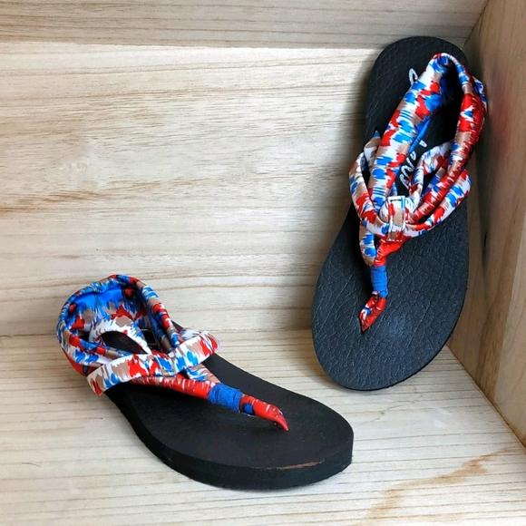 Skechers Yoga Sling Red Blue Flat Sandals